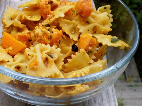 Pasta with Butternut Squash, Sage, and Pine Nuts: Delicious and ...