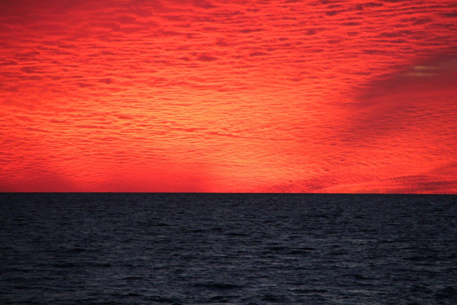 http://4.bp.blogspot.com/_ACqosfZ7yY4/TUI4ktWlY3I/AAAAAAACi3w/UxLqlASqaSc/s1600/Panama%252BCity%252BBeach-Sunset-IMG_4523-.JPG