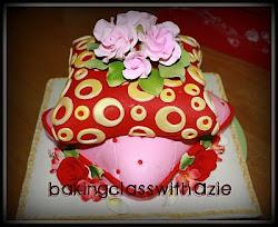 Class Pillow Cake - RM450