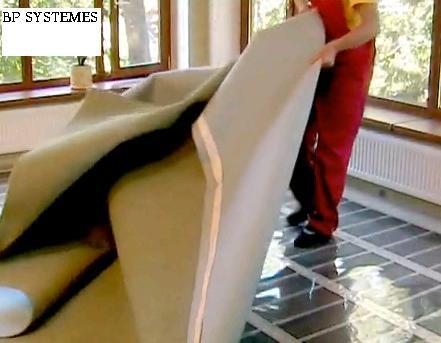 Chauffage au sol lectrique film carbone conomie d for Peut on mettre du lino sur de la moquette