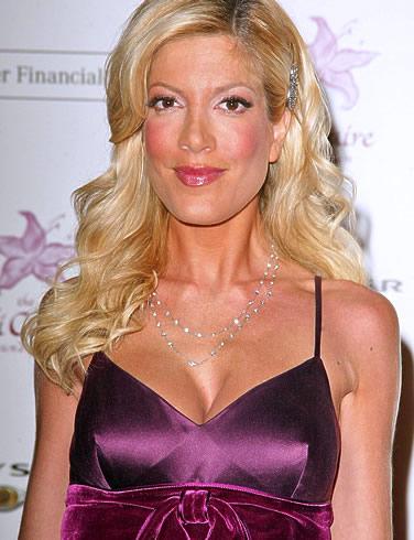 Tori Spelling Hair 2011