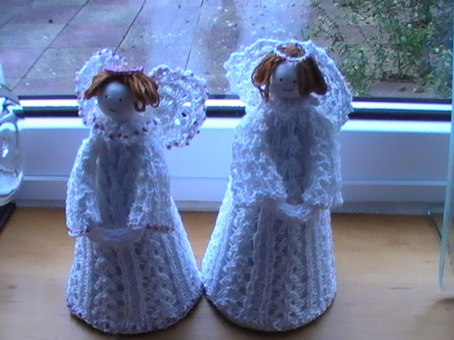 Margarets Designer Cards: Knitted Christmas Angels
