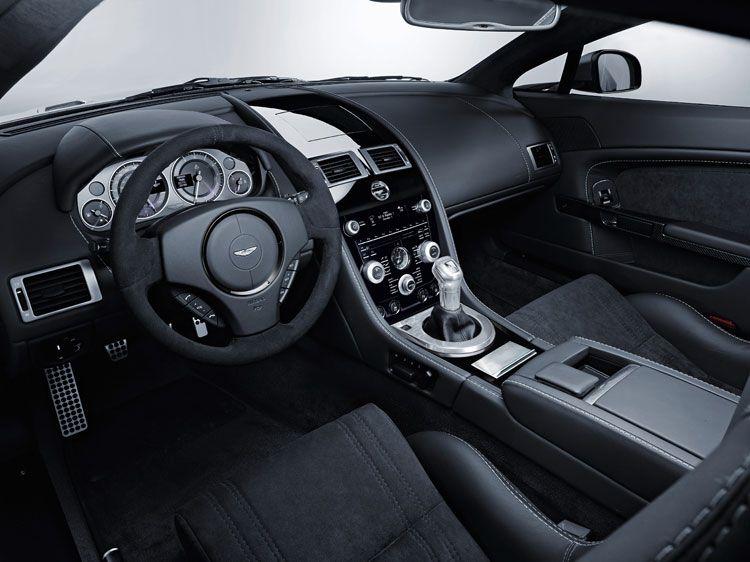 Aston Martin V12 Vanquish Black. Aston Martin V12 Vantage
