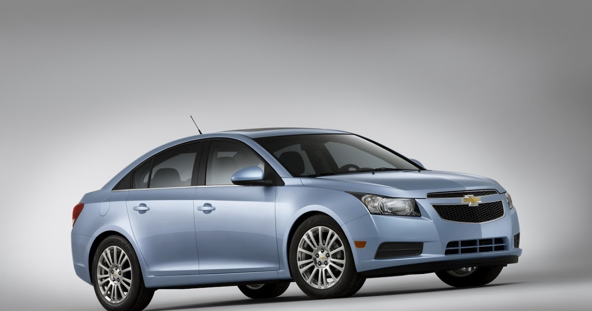 Cruze Comes To Town Chevy Unveils 40 Mpg Eco Model And Rs
