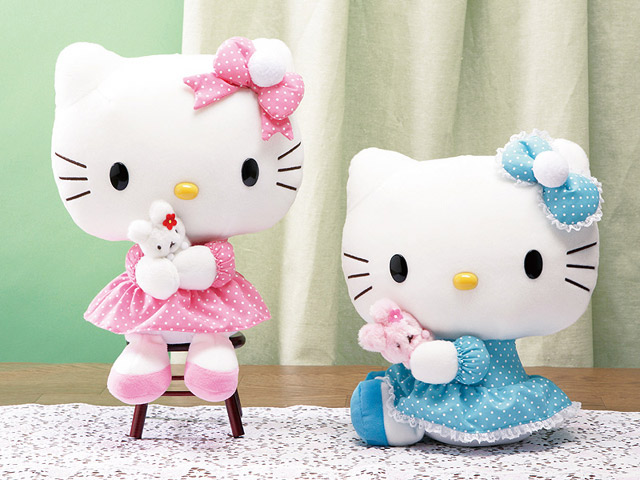 *Elegant and Adorable Hello Kitty Hugging Rabbit with Ribbon on Them-