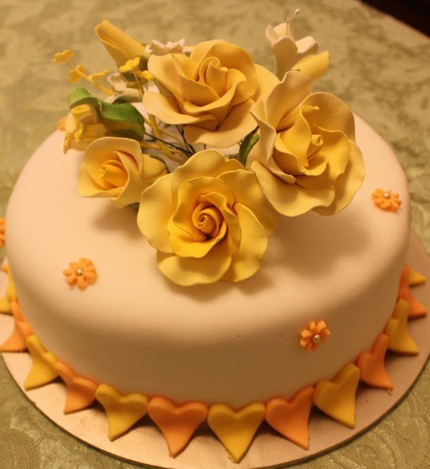 2 tier Fondant wedding cakes ditempah oleh blingbling dari Kuala Selangor