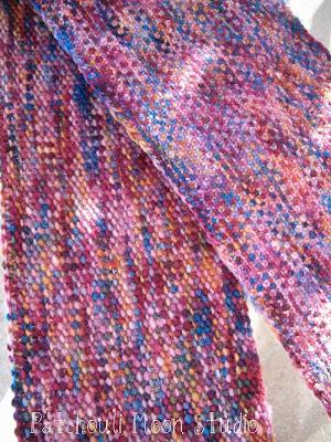 Patchouli Moon Studio: Linen Stitch Knit Scarf