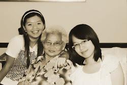 我最敬爱的外婆 ^,^ v