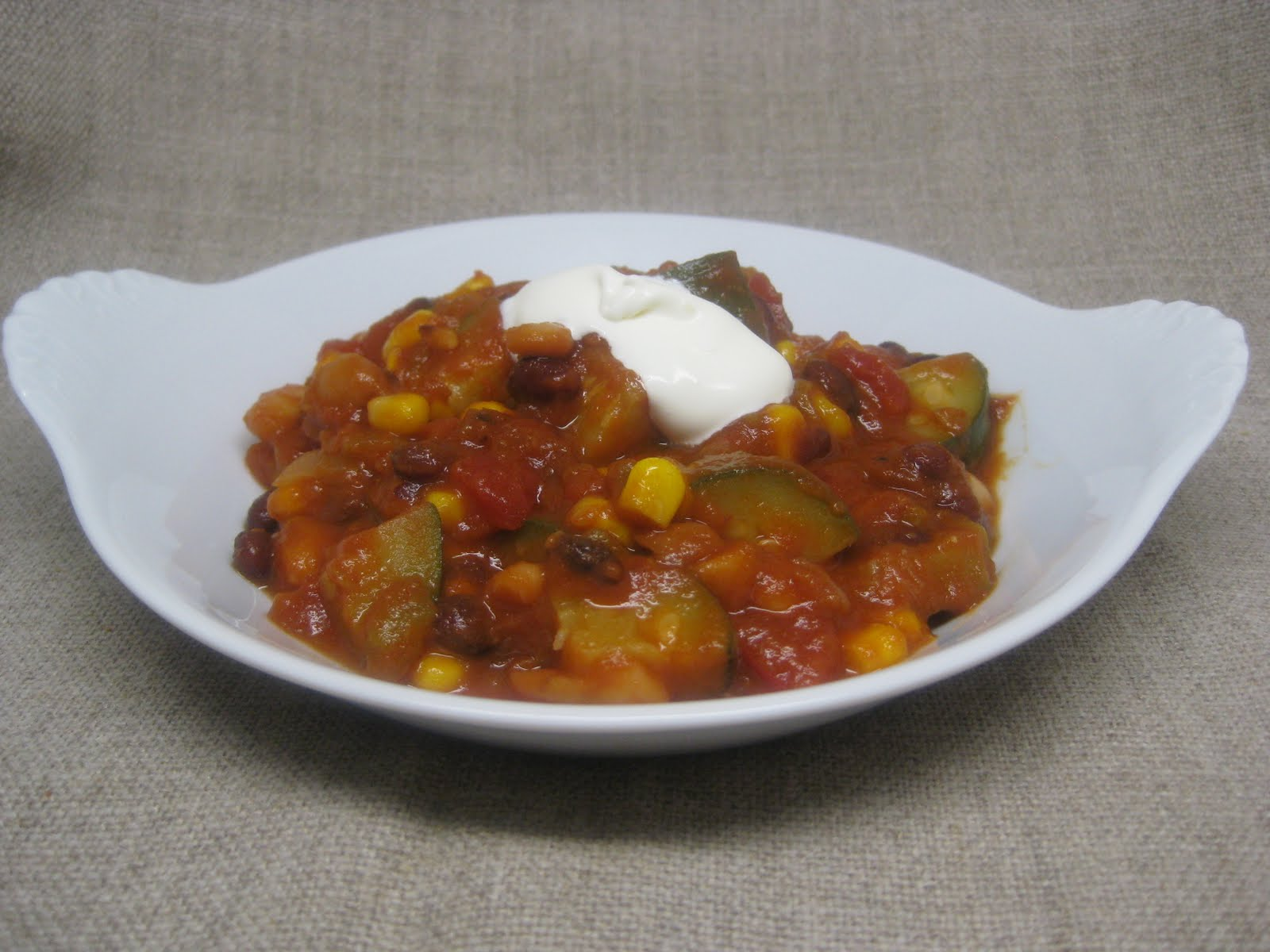 Dinner Tonight: 2 Bean Vegetarian Chili