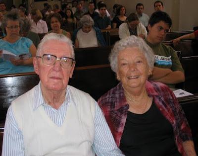 O pastor Heine e sua esposa Íris: uma vida em comum dedicada aos cristãos luteranos em São Paulo - fotografia de outubro de 2007.