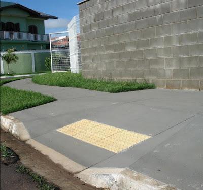 Rampa de acesso