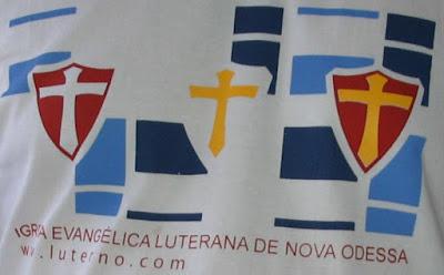 Camisa luterana