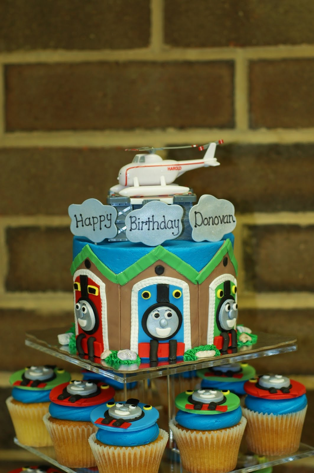 Taras Cupcakes This Weekends Cakes