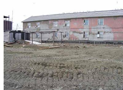 фотографии прииска Восточный 2008-двухэтажка сзади