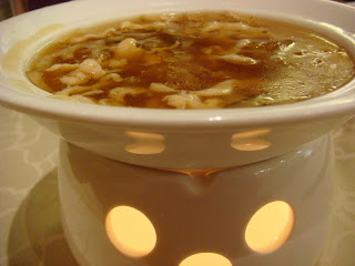 Sharks Fish  Chicken Menu on Shark S Fin Soup With Shredded Fish Maw And Chicken