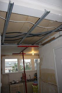 Faux plafond fin cuisine entrée