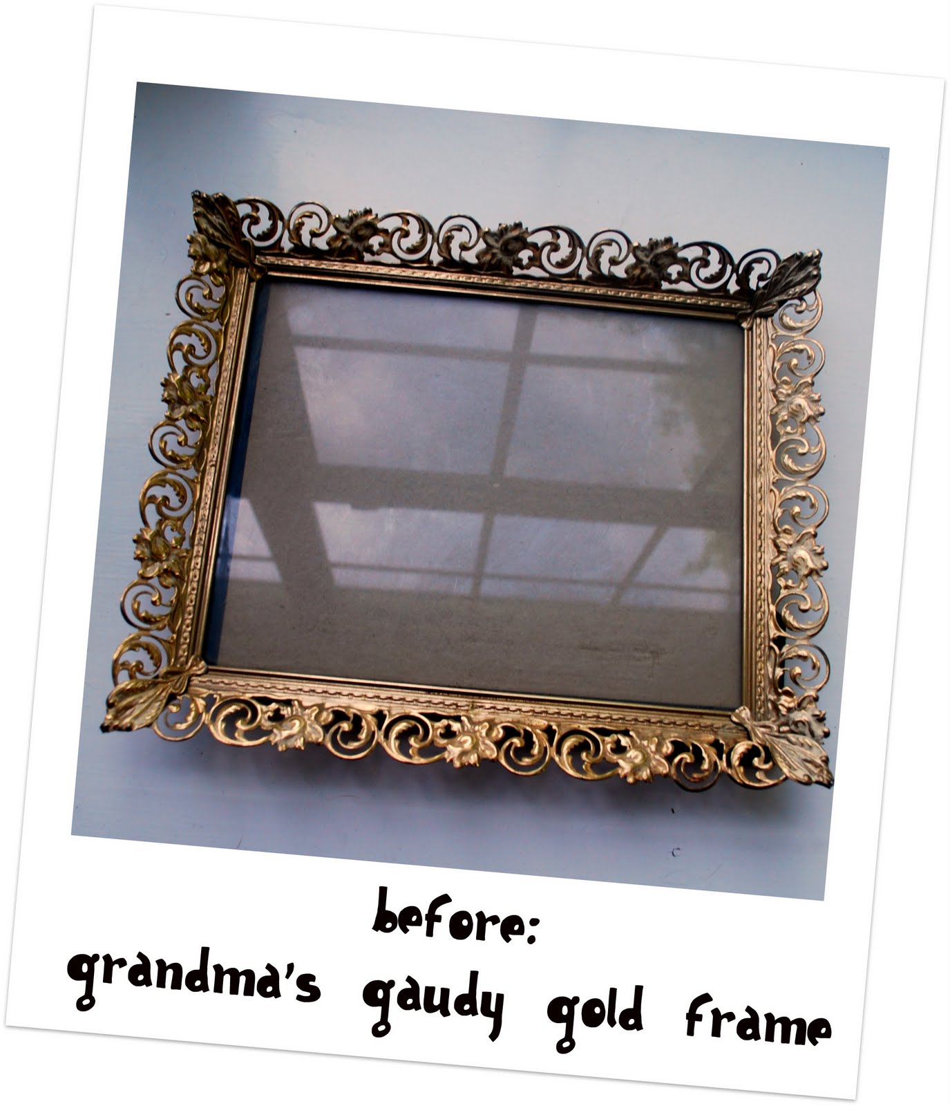 Sweet Blessings: Old Gold Gaudy Frame + Spray Paint = Cute New Tray