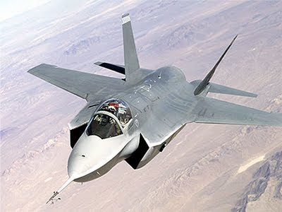 http://4.bp.blogspot.com/_AXJ37Bp_f54/S3WIO139p8I/AAAAAAAAAD0/tL3EexA_plA/s400/F-35+fighter+over+land.jpg