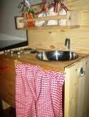 DIY: Una cucina giocattolo in legno