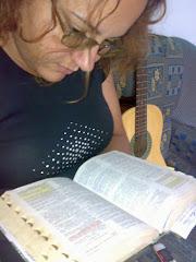 Porque a palavra de Deus é viva e eficaz