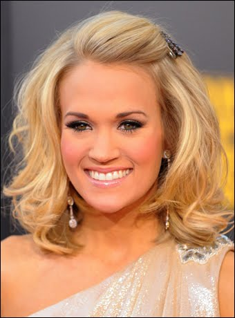 pics of carrie underwood pregnant. Carrie Underwood Pregnant
