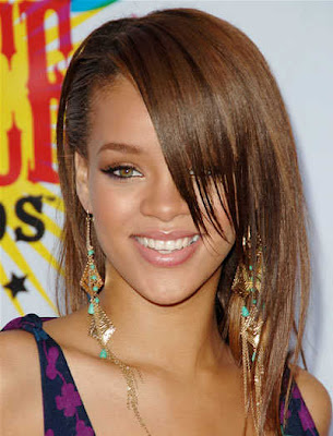 rihanna haircuts 2011. rihanna 2011 hairstyles. Hairstyles For Women on 2011; Hairstyles For Women on 2011. tirk. Apr 11, 11:44 AM
