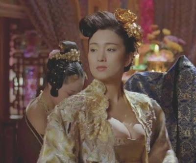 Nude gong li Gong Li