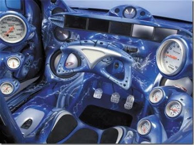 Hit the jump for more coolest and awesome car interior designs