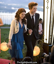 Edward and Bella-prom