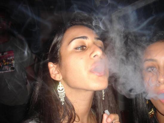 tobacco-india-smoking