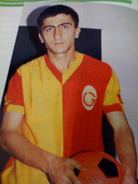 Mehmet Topuz'un tuttuğu takım( ben affetsem google affetmez )