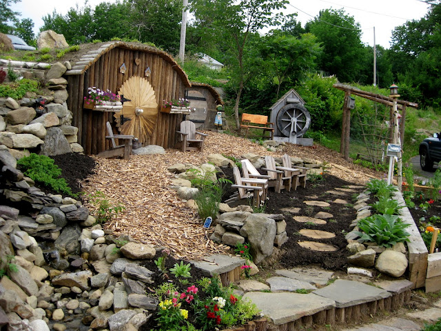 Childcare Backyard Ideas : visited this really cool garden on the Monmouth, Maine garden tour