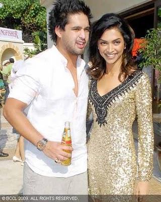 Deepika Padukone Boyfriend Siddharth Mallya Images & Pictures - Becuo
