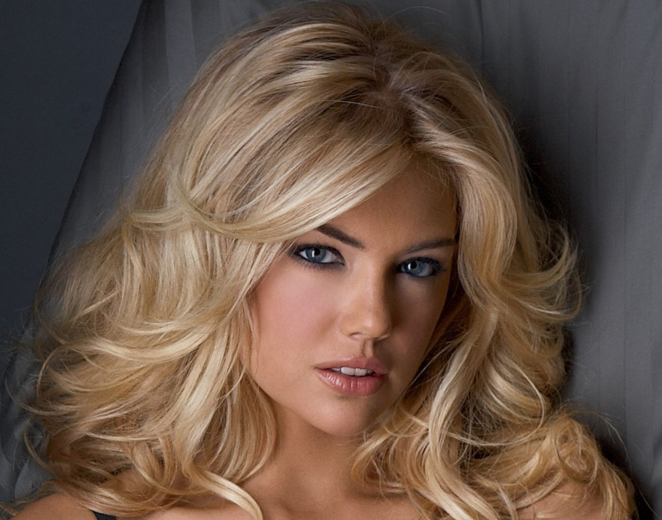 Kate Upton Is An American Model She Appeared In Advertisements For