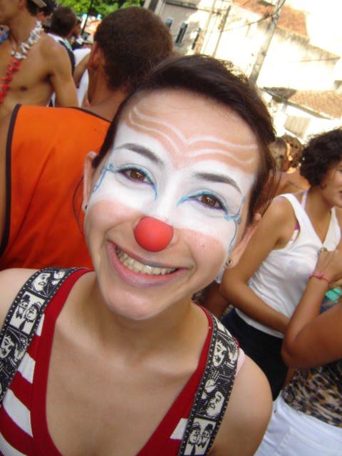 Vai de mascarado !!!: CARAS-