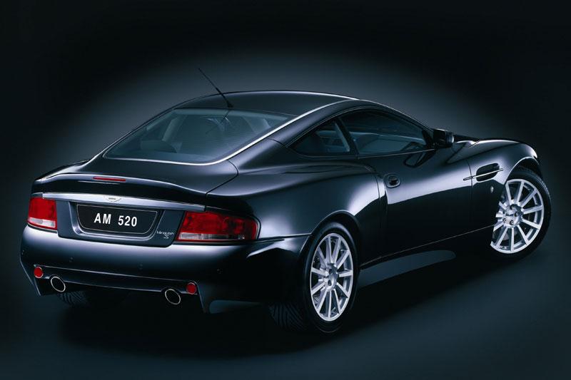 Aston Martin Vanquish Black. Aston Martin V12 Vanquish S