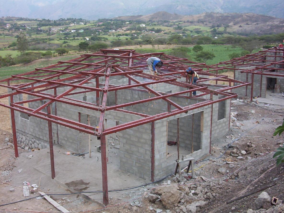 Bojorque construcciones estructuras met licas - Estructura metalica vivienda ...