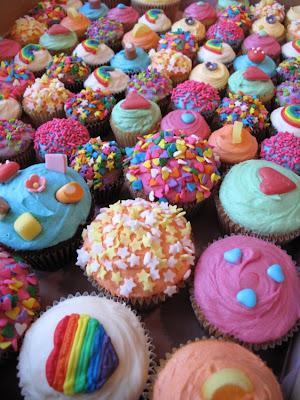 Rainbow Wedding Decoration, cupcakes
