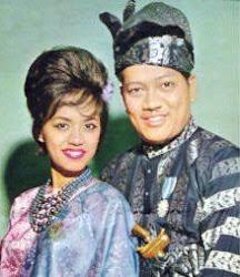 P.Ramlee dan Saloma . .