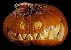 Halloween Pumpkin Carving Scary  Picture Seen On www.coolpicturegallery.us