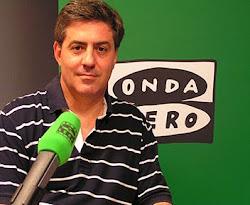 """Carlos Canales, escritor y colaborador de """"La rosa de los vientos""""."""