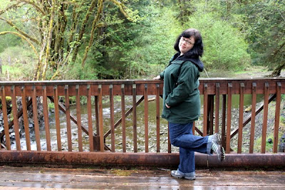 I posed on this bridge (which actually came before the big bowl).