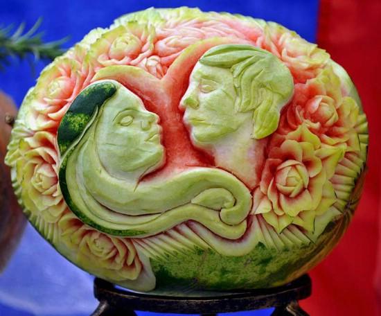 Arte en sandías y frutas.  Sandia001