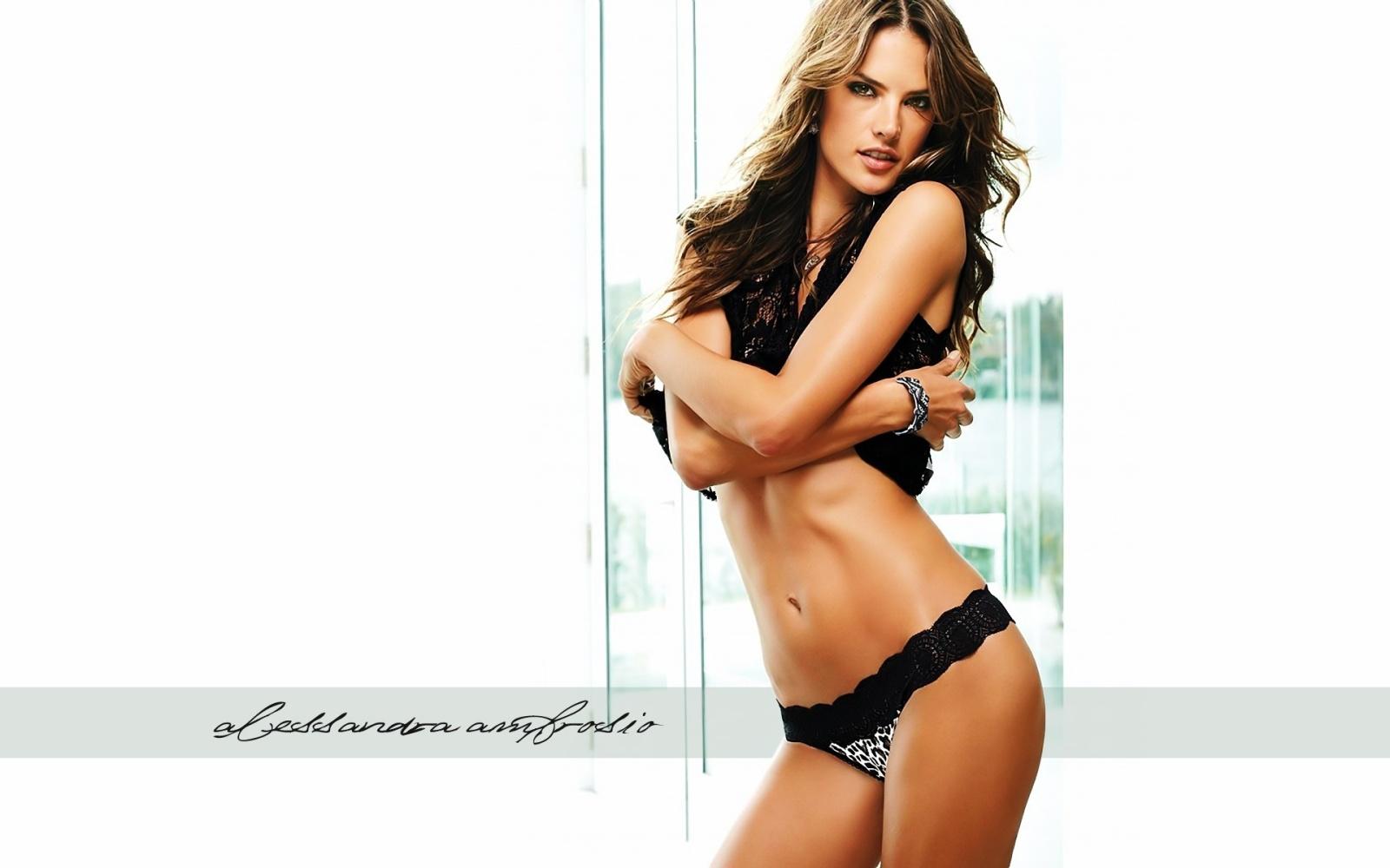 http://4.bp.blogspot.com/_AjWUpQhTvyg/S-4V2lXJ3JI/AAAAAAAAB4U/nwwRAPpeCSY/s1600/Alessandra+Ambrosio4.jpg