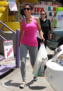 Halle Berry's Sweet MILF Camel Toe