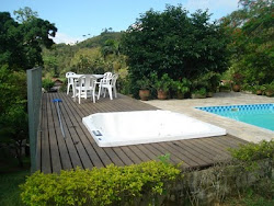 deck com spa e piscina