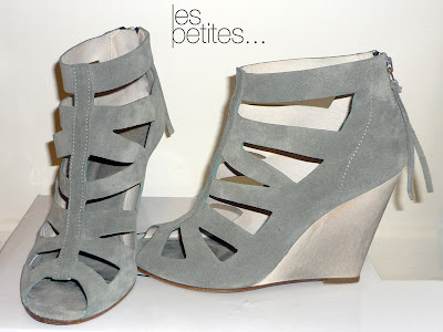 chaussures compensées gris Les Petites