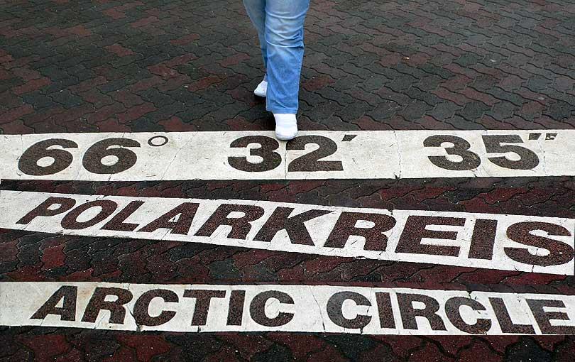 circulo polar artico cercle artic artik polarkreis circle paso pie papa noel polo norte santa claus klaus