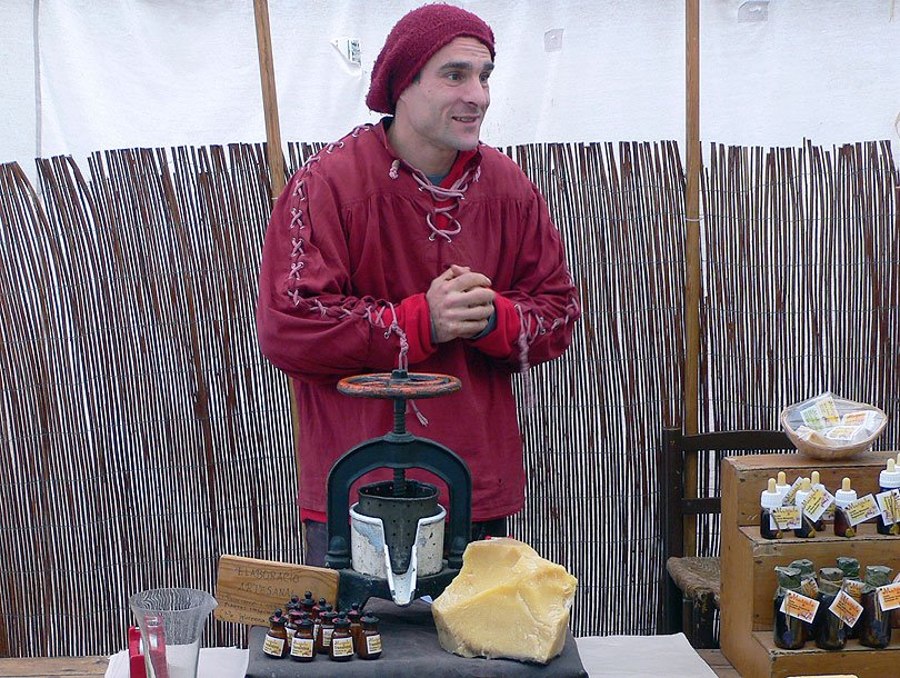 sabo jabon soap comprar buy vendedor venedor saboneria perfumeria perfumery vic fira feria medieval