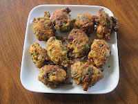 Keerai Pakodas with spinach and spices